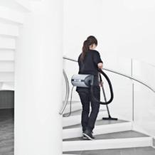 UZ 964 stairs back